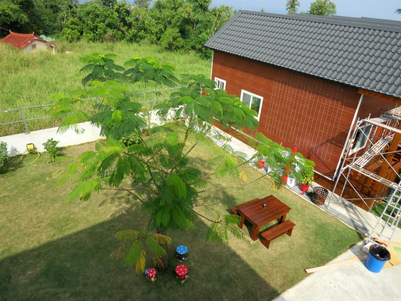 小琉球民宿-源和居-大空間大草坪