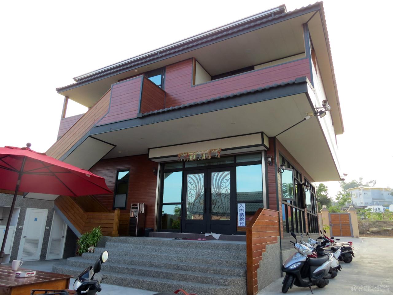 小琉球民宿-源和居招待所-雙人房位於二樓